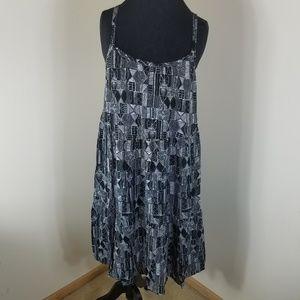Torrid Black and White Geo Patterned Midi Dress L